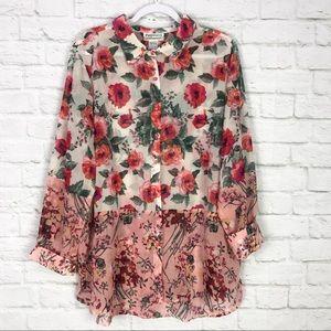 Potpourri XL DoubleCollar ButtonDown Floral Blouse